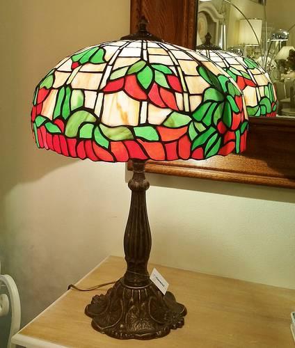 Lampada tiffany fiore rosso-verde h 60