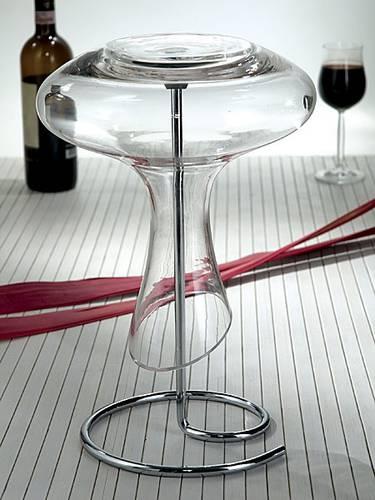 Decanter in vetro con scoladecanter