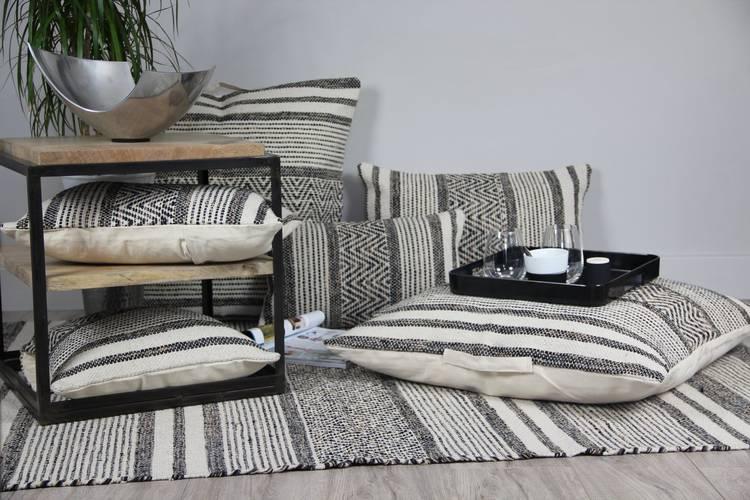 Tappeto cotone intrecciato nero righe bianche 120x180