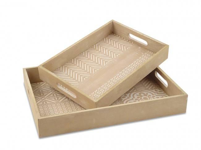 Vassoio legno naturale disegno geometrie bianche