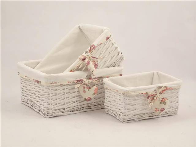 Cesto rettangolare vimini bianco con fodera con cuore fiori rosa