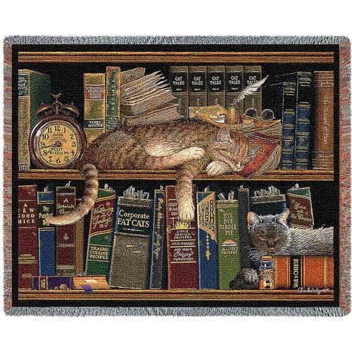 Plaid tessuto a telaio due gatti sulla libreria