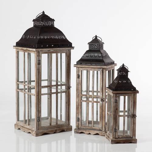 Lanterna legno naturale tetto metallo nero