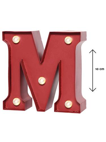 Lettera metallo rossa luminosa M