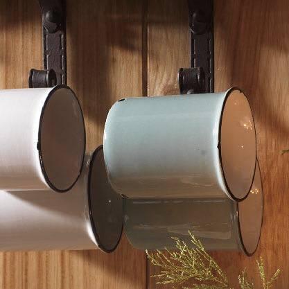 Mug smaltata bianca h7,5